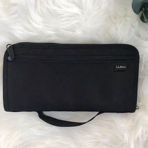 L.L.Bean Black Zippered Travel ID Wallet Case